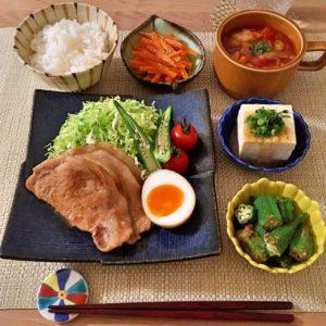 生姜焼き|120.晩ごはんレシピ:【40分】豚の生姜焼き、ミネストローネ、オクラの胡麻和え