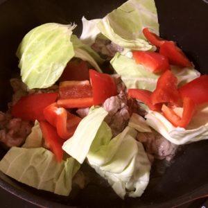 キャベツ・赤パプリカ | 128.晩ごはんレシピ:【20分】回鍋肉・オクラと豆腐の味噌