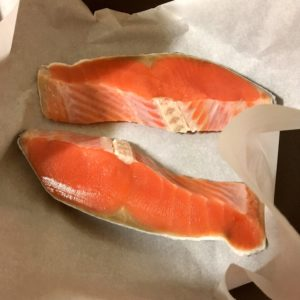 鮭 | 132.晩ごはんレシピ:【40分】鮭の塩焼き、コールスロー