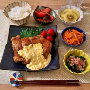 盛り付け|139.晩ごはんレシピ:チキン南蛮、トマトと茄子のマリネ、人参のナムル